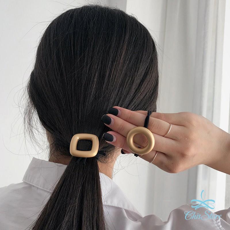 【霧面幾何金屬髮圈】Chis Store 韓國髮飾 髮繩 圓形方形 綁頭髮飾 馬尾 橡皮筋 公主頭