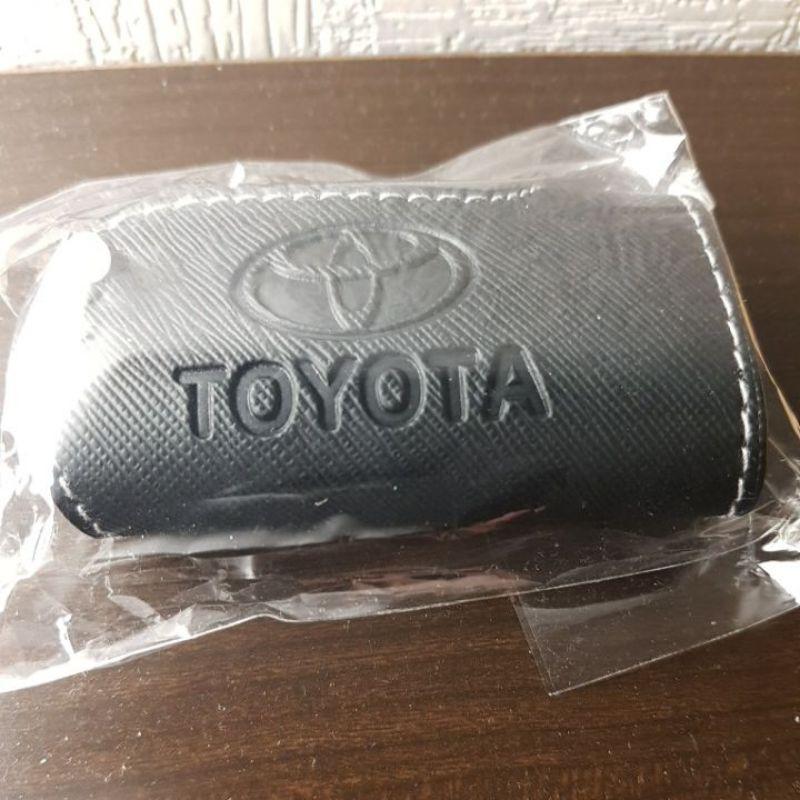 限量TOYOTA 原廠 Corolla Cross Altis Vios RAV4 CAMRY鑰匙皮套(防刮材質)鑰匙包