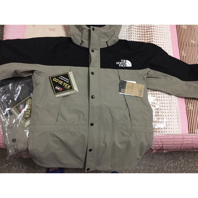21 S/S THE NORTH FACE NP11834 MOUNTAIN LIGHT JACKET