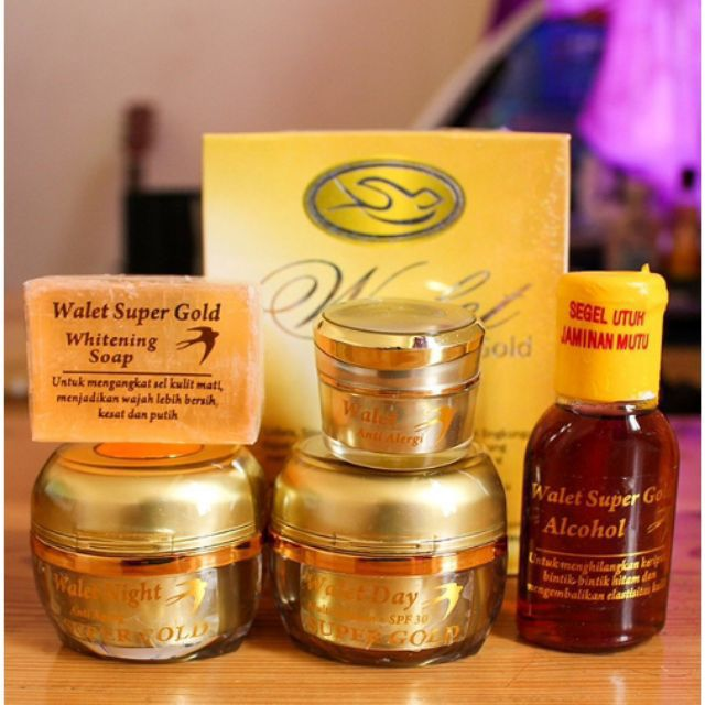 Cream walet super gold waiting packet