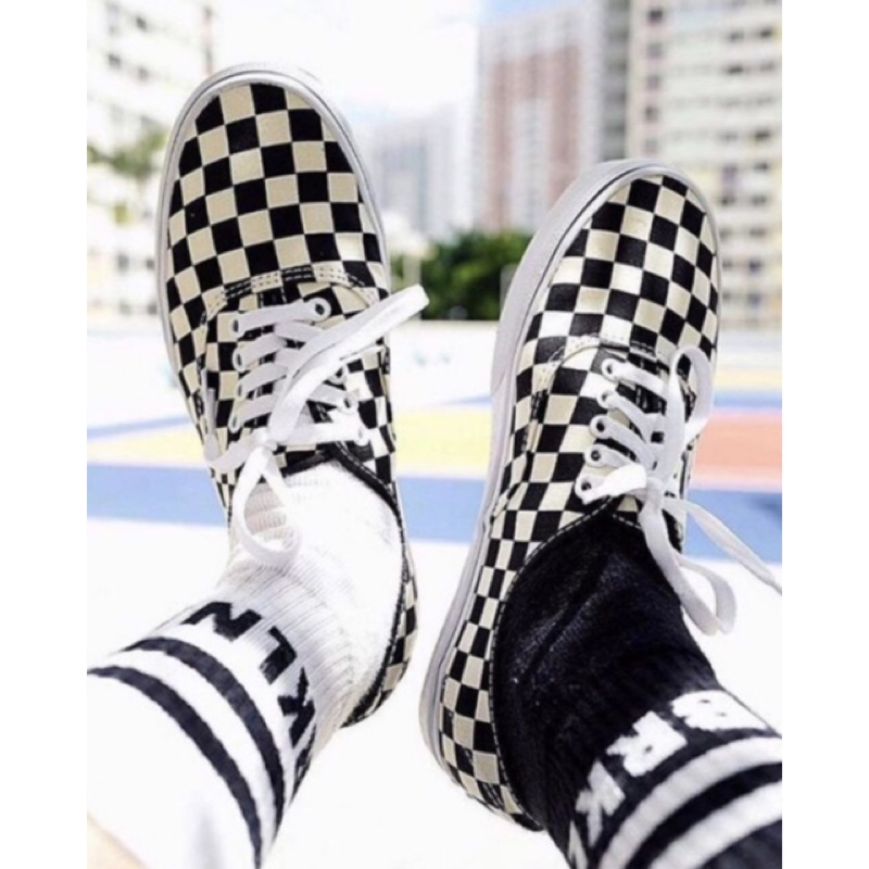 75ddb30308fbf9 Perspicuity. vans authentic checkerboard 黑白格 鞋帶 棋盤格 男鞋 女鞋 小鬼