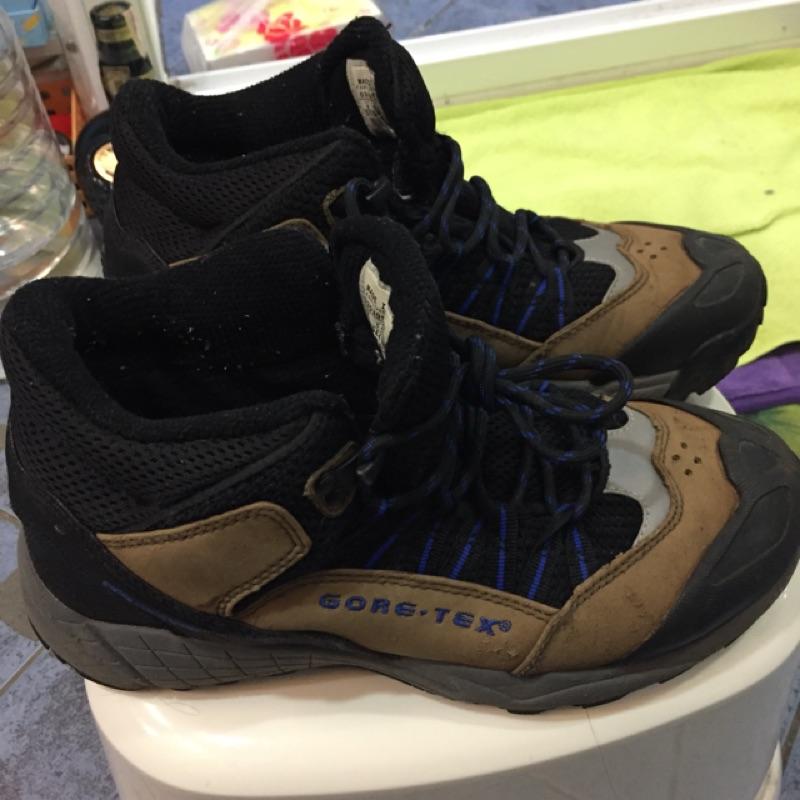 Nike ACG GORE-TEX Vibram 登山鞋 US 6 歐洲39 日本24號