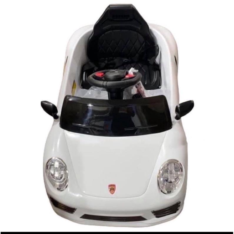 好奇超跑電動車 超跑電動車白色